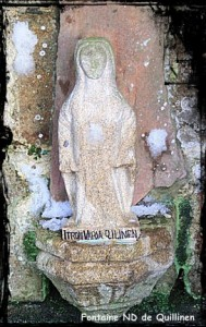 Notre Dame. dans Fontaine avec toit en bâtière- quilinen-031-189x300
