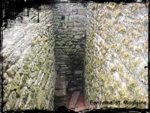 Magloire  dans Fontaine de dévotion mahalon-font-st-Magloire-300x226