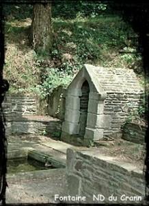 Pour les hommes et les bêtes. dans Fontaine à voûte- spezet-nd-du-crann-218x300