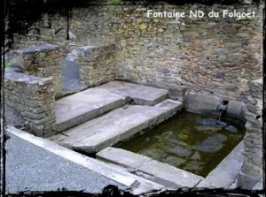 le-folgoet-font-basilique-300x223 dans Fontaines sacrées-