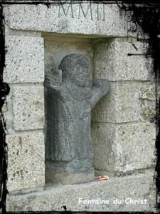 le-christ-225x300 dans Fontaine surmontée d'une croix
