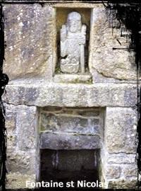 Saint Nicolas. dans Fontaine de dévotion fontaine-saint-nicolas-saint-thonan