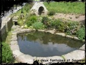 Feuteun Ker Zavater.  dans Fontaine de guérison st-sauveur-les-2-fontaines-300x226
