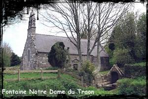 Dans le Val. dans Fontaine de dévotion NotreDameduTraon1
