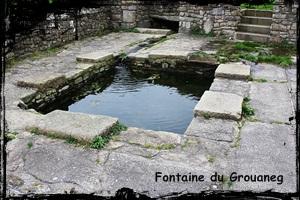 Le lieu aux graviers. dans Fontaine à voûte- grouaneg