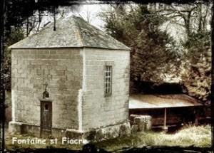Fiacre couvert. dans Fontaine de dévotion Guilers-oratoire-st-Fiacre-300x215