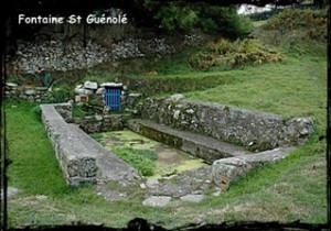 Pour lavandières dévotes. dans Fontaines sacrées et profanes- Ouessant-font-St-Guénolé-Prat-300x210
