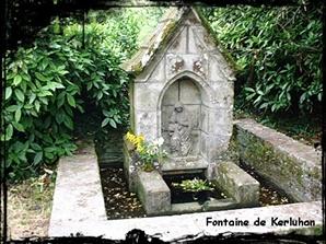 Virgo Lactans. dans Fontaine de guérison Chateaulin-font-de-Kerluhan