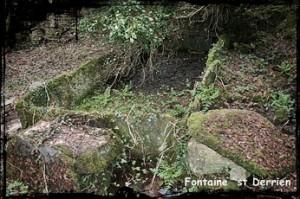 Oubliée. dans Fontaines sacrées- Commana-font-lav-st-Derrien-300x199