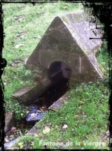 Gouezec-font-de-la-Vierge-224x300 dans Fontaines multiples