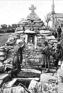 plouarzeltrezien-204x300 dans Fontaine surmontée d'une croix