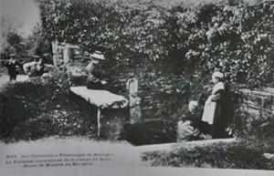 plouneour-mz-bourg-300x193 dans Fontaines sacrées-
