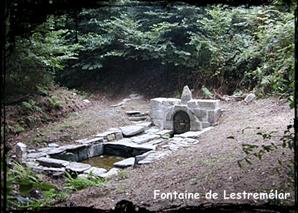 Et Mélar fût. dans Fontaine de dévotion sizun-font-de-lestremelar